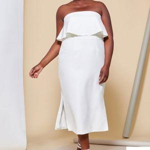NWT  Off the shoulders Ruffle/Maxi dress
